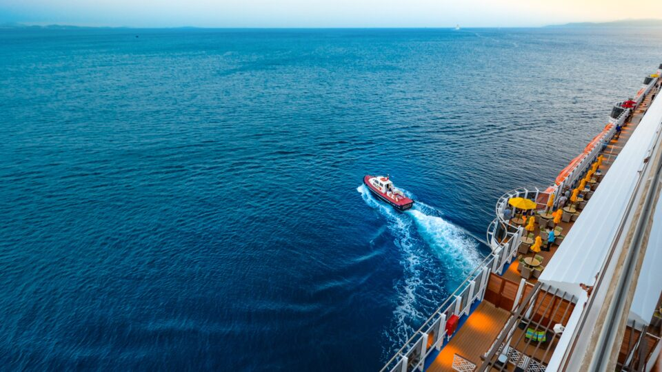 Smart port software for tugs, towage and pilotage operations